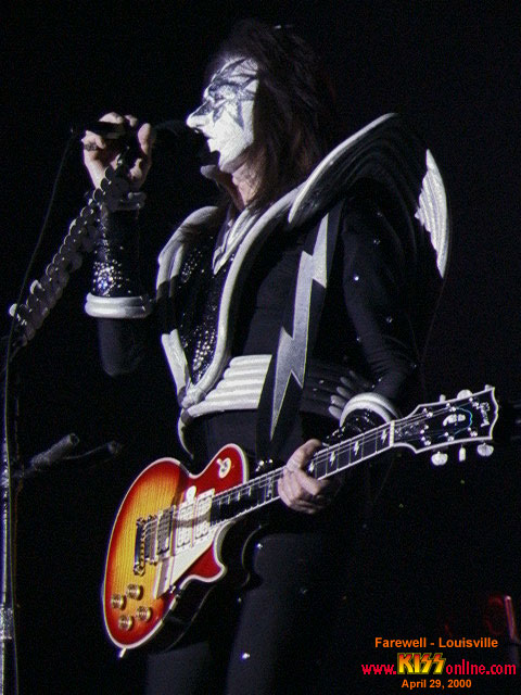 a description of the farewell tour of kiss hits in phoenix Some of cher's most famous tour albums and songs are seen below after 25 years since the release of 'the collection' and having a major effect in the business, followers consistently head to watch cher in person to perform tracks from the full catalog.